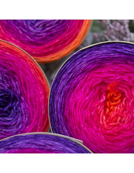 Hand-dyed gradient yarn Bilum Loli