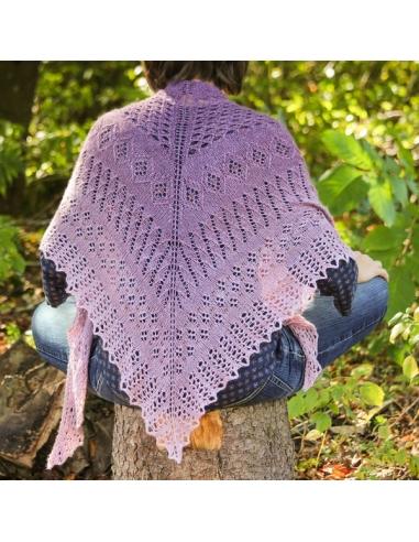 Violet Song (knitting pattern)